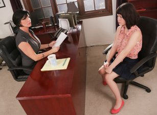 Lesbian Adventures - Older Women, Younger Girls #07 Scène 2
