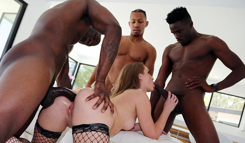 Blacks On Blondes - Daisy Stone
