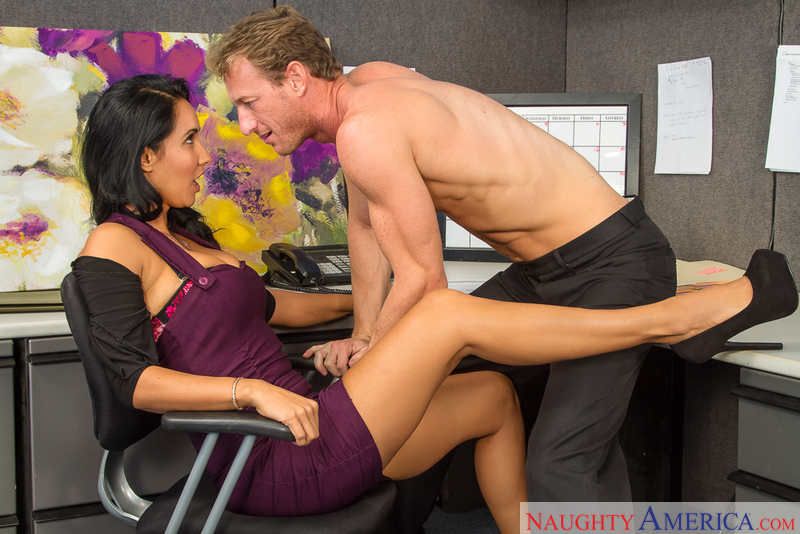 Naughty Office - Isis Love & Rya