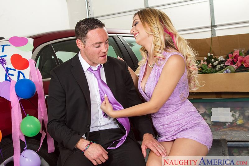 Naughty Weddings - Natalia Starr