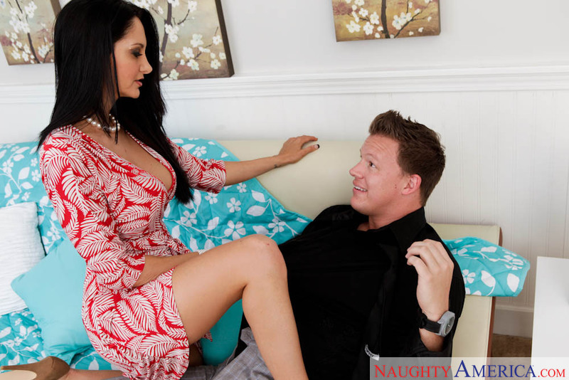Seduced By A Cougar - Ava Addams
