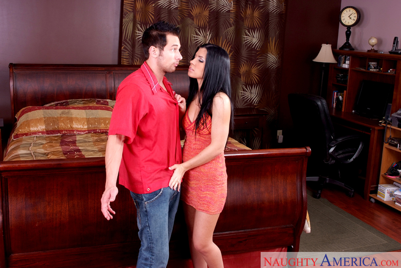 Latin Adultery - Rebeca Linares