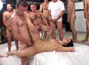 Anal Sluts #11 Scène 3
