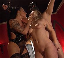 Fucking My Sex Slaves Scène 2