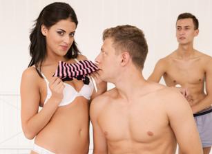 Kinky Threesomes Scène 4