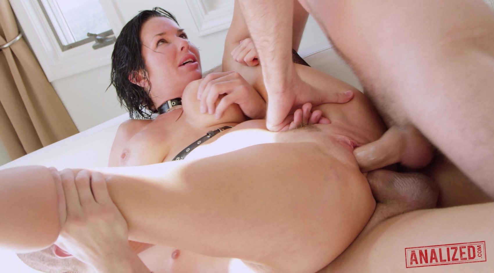 Veronica Avluv's Ass is Double F