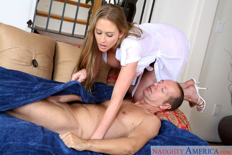 Housewife 1 on 1 - Abby Rode & C