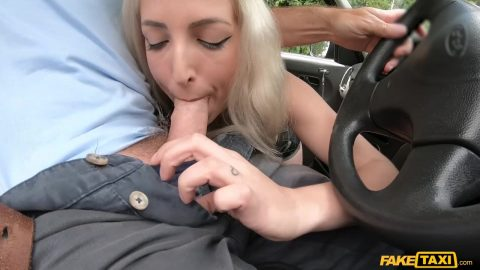 Liz Rainbow Is Fucked And Fisted