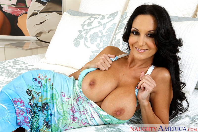My Friend's Hot Mom - Ava Addams