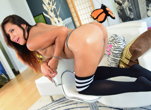 TS Temptress Reveals Her Secrets