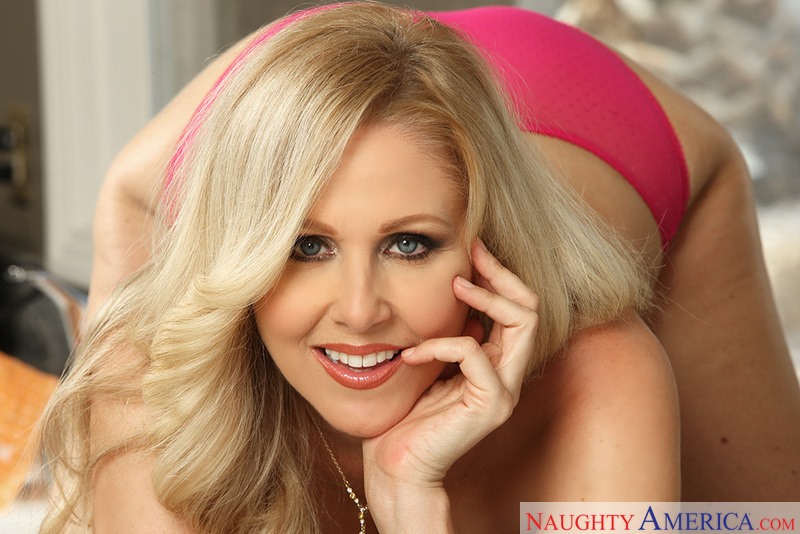 Seduced By A Cougar - Julia Ann