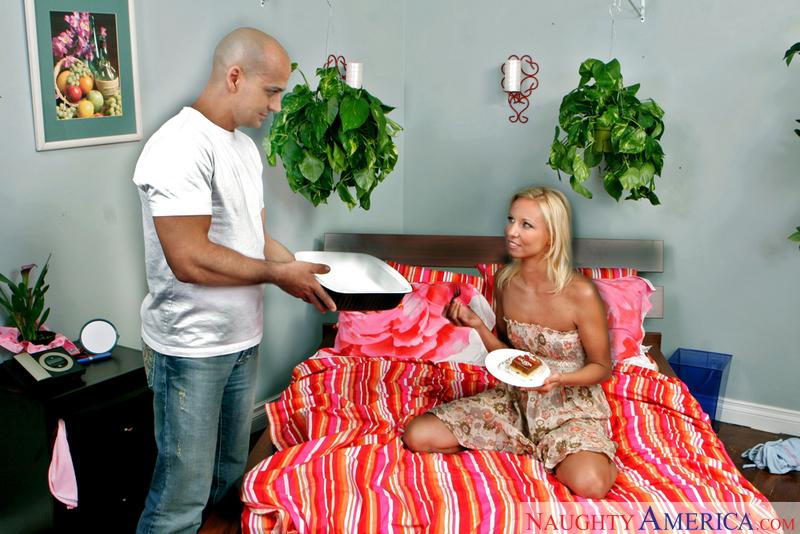 Neighbor Affair - Nikki Luv & Be
