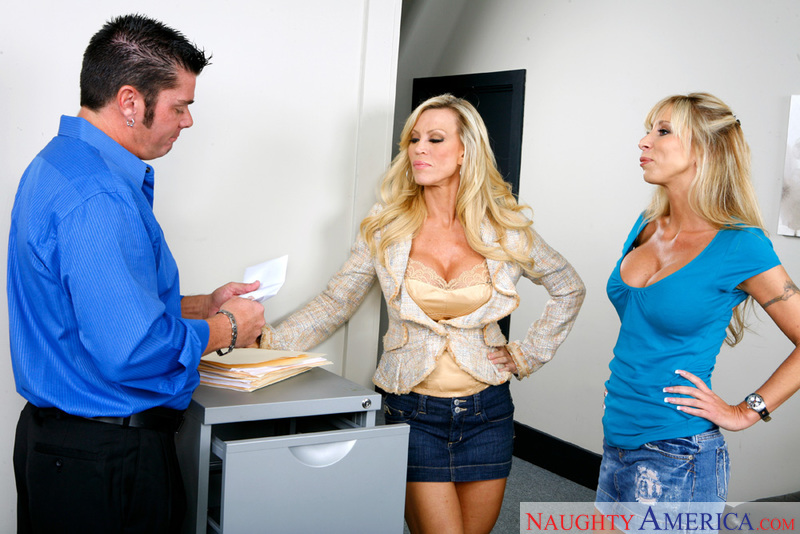 Naughty Office - Amber Lynn & Mo