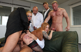 Office Gangbang Part 2 Scène 1