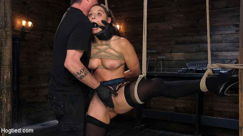 Hot Body Abella Danger Disciplin