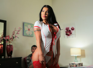 Naughty Nurse Scène 1