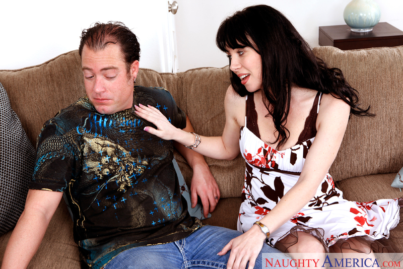 Seduced By A Cougar - Rayveness