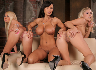 Top Wet Girls #07 - Lisa Ann Edi