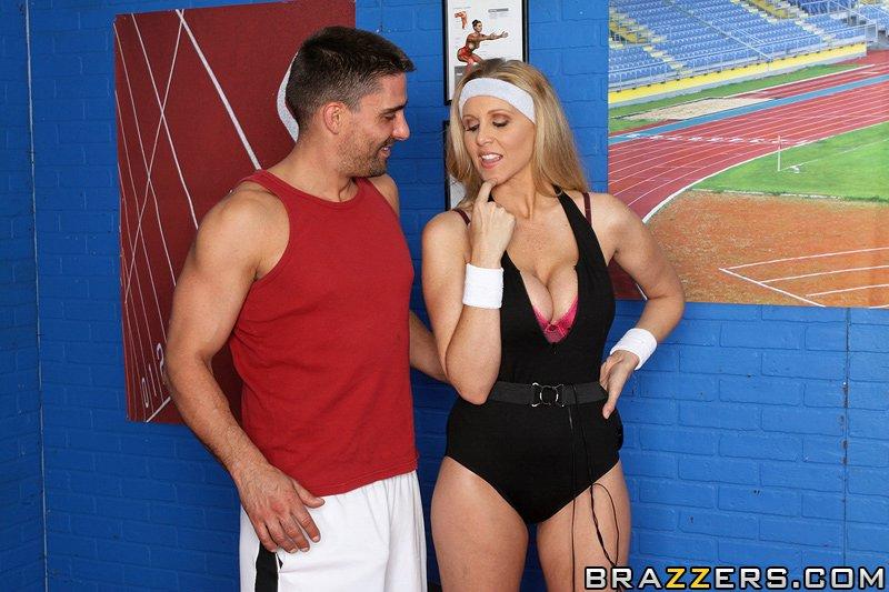 Hyper Spaz Tits Workout Scena 1
