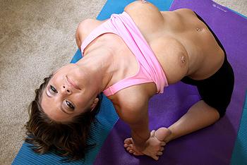 Proper Stretch Scène 1