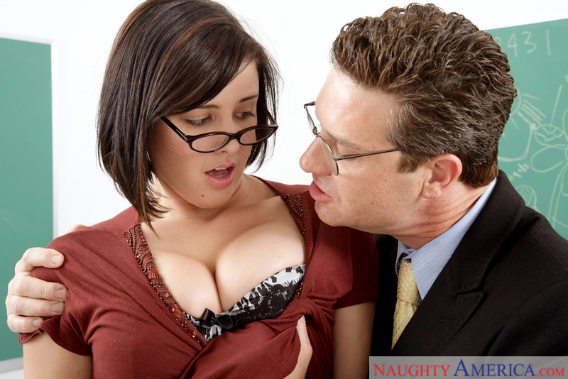 Naughty Bookworms - Brooke Lee A