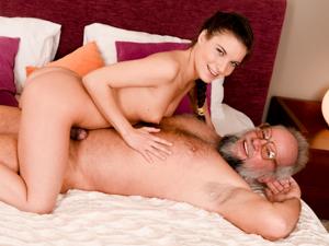 Youngling Anita Keeps Grandpa in