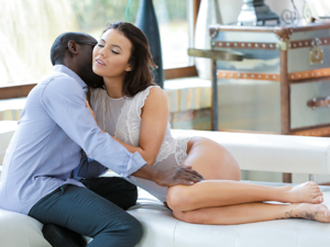 Interracial Loving Scène 1