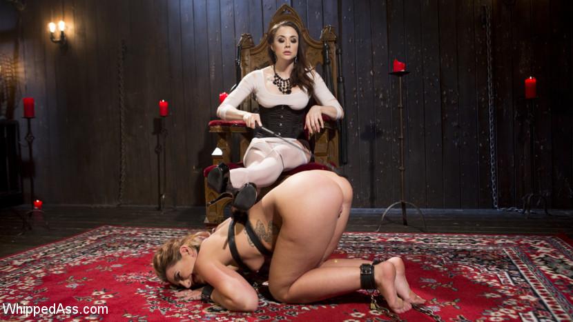 Mistress Chanel Preston's Squirt