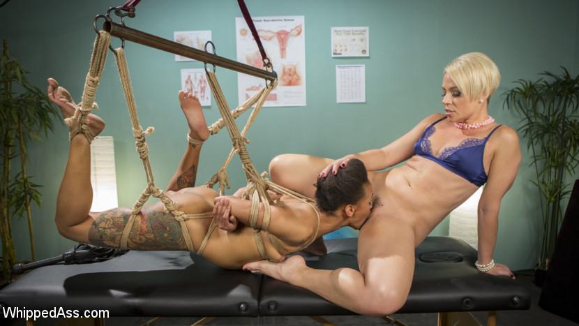 Lesbian Orgasm Clinic: Hot Patie