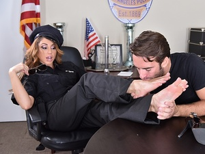 Officer Kinky! Scène 1
