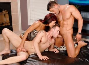 Hard Knox Threesome Scène 1