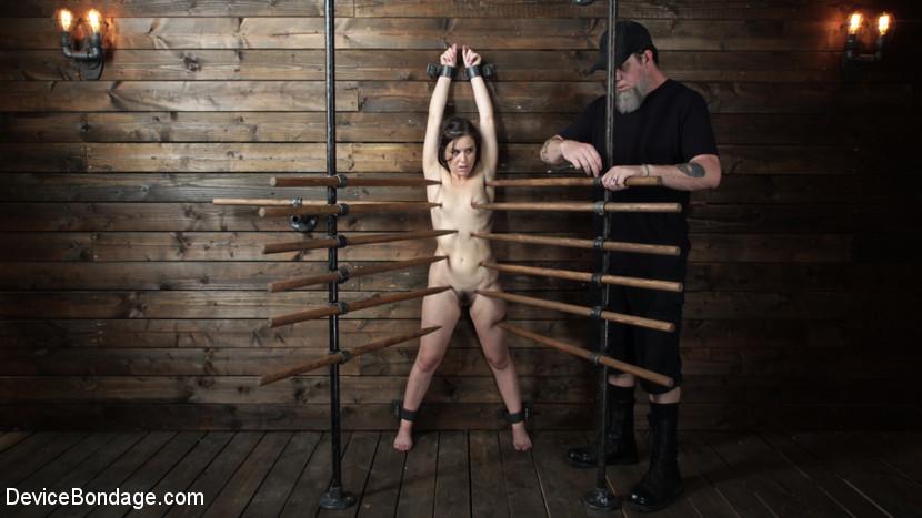 Juliette March: Perfect Pain Slu
