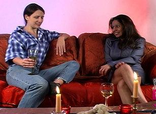 Women Seeking Women #05 Scène 7