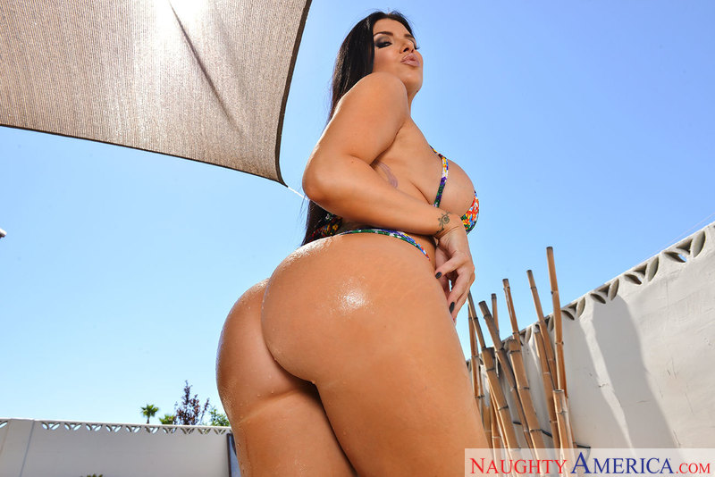 Ass Masterpiece - Romi Rain & Se