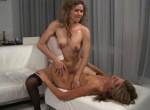 Lesbian Sex #01 Scène 7