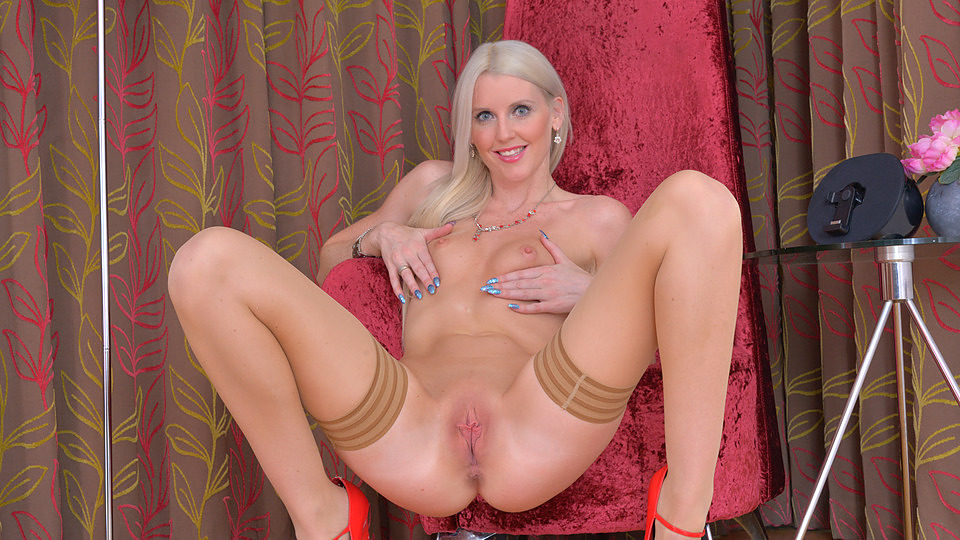 tall-blonde-sex-pics-free-ashley-lawrence-pussy