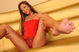 Feet to adore Scène 1