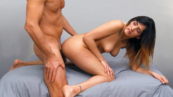 Penelope Cum: it takes two to ta