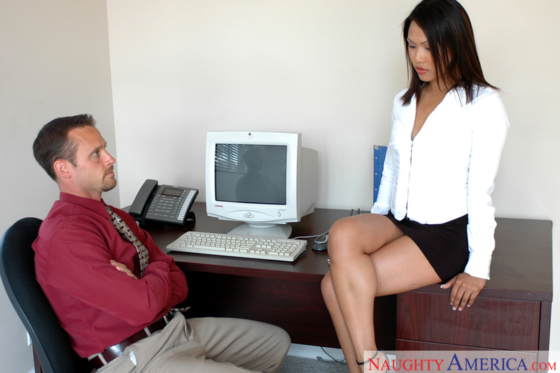Naughty Office - Veronica Lynn
