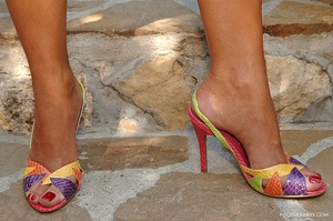 Summer sandals Scène 1