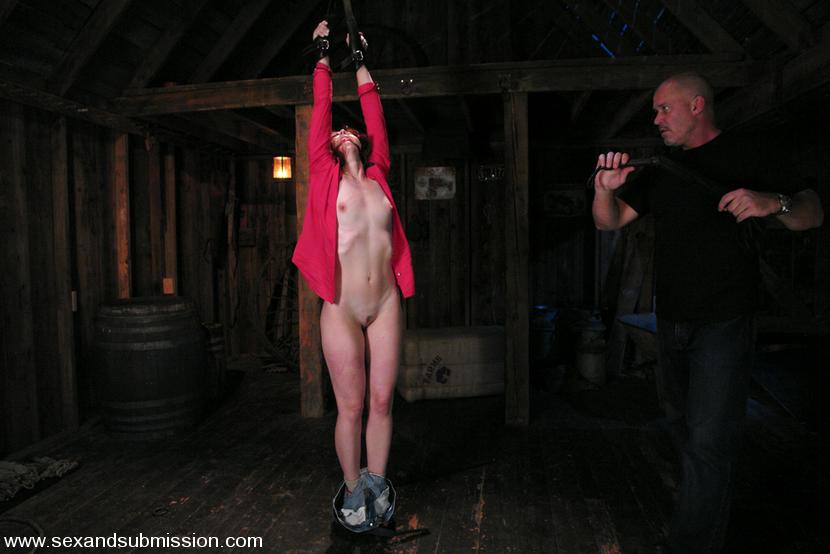 бдсм рабыня подвал она приходила себя