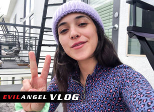 Vlog - Brooklyn Gray Day 2