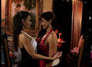 Women Seeking women #06 Scène 7