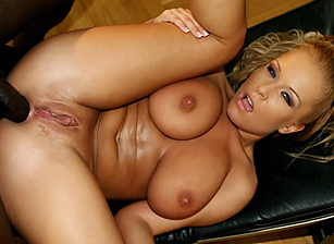 Big Natural Tits #19 Scena 2