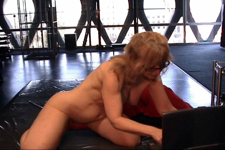 Nina Hartley Solo 3