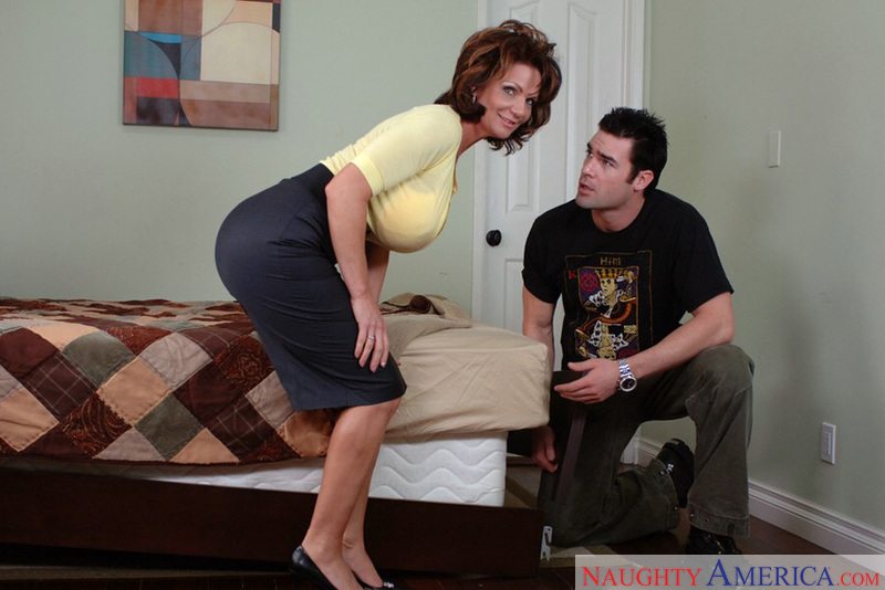 Diary of a Milf - Deauxma & Char