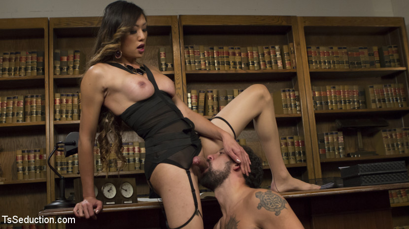 Bad Ass Boss Lady Venus Lux Give