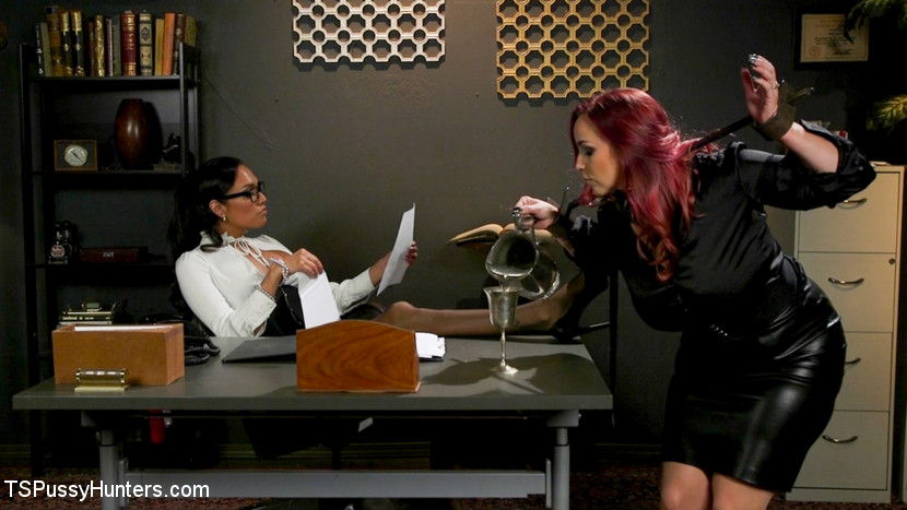 The Office Slave: Jessica Fox Fu
