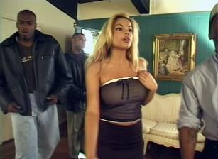 Black Gangbangers #01 Scène 1