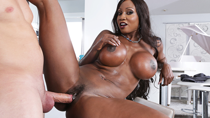 Naughty America - Diamond Jackso